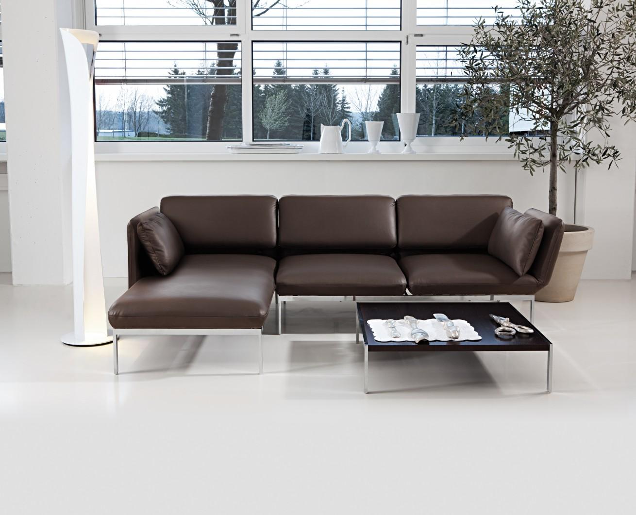 Sofa – Roro