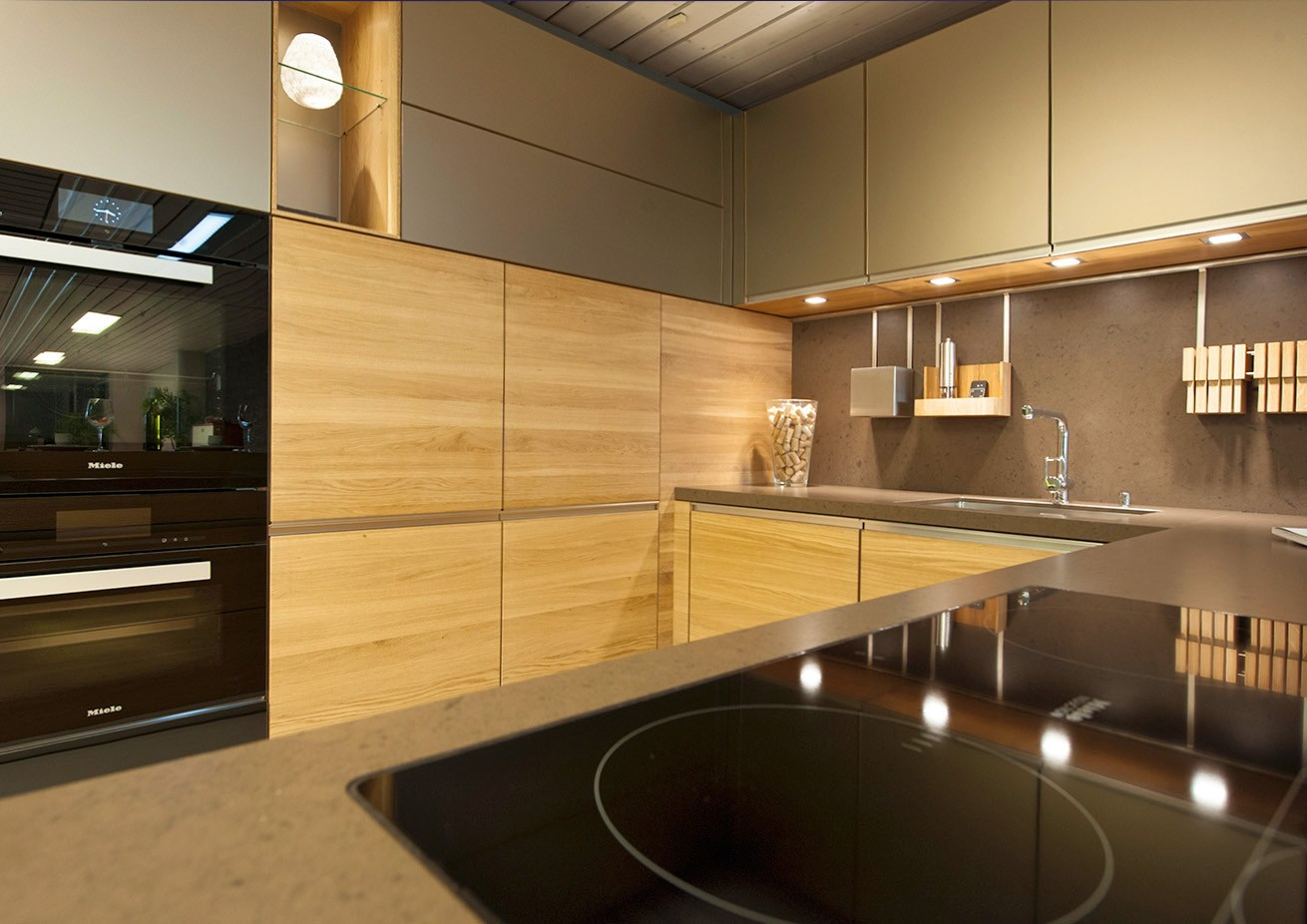 Lassen Sie sich in unserer Küchen-Ausstellung in Naters inspirieren und beraten