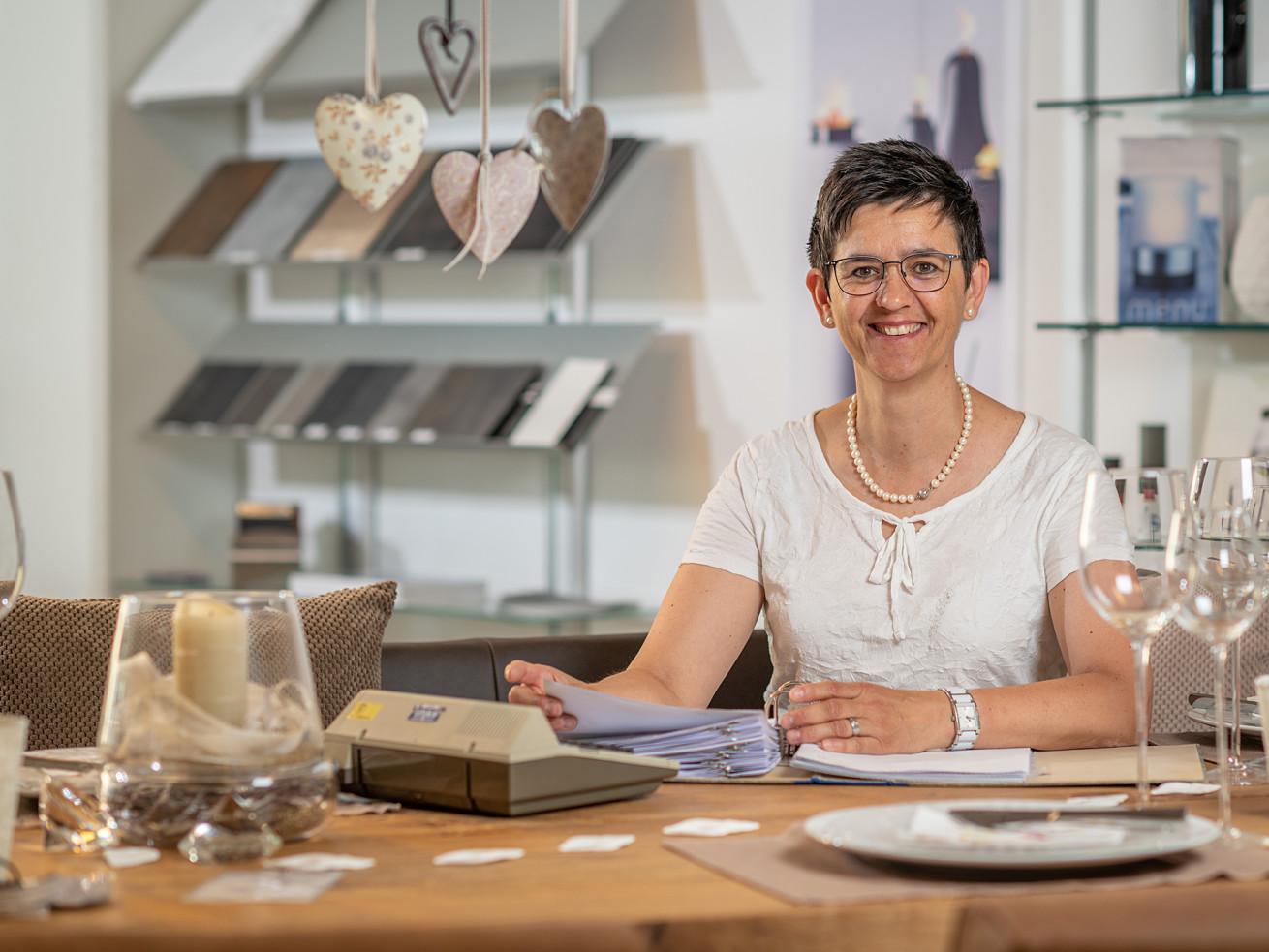Rosi Margelisch, Buchhaltung