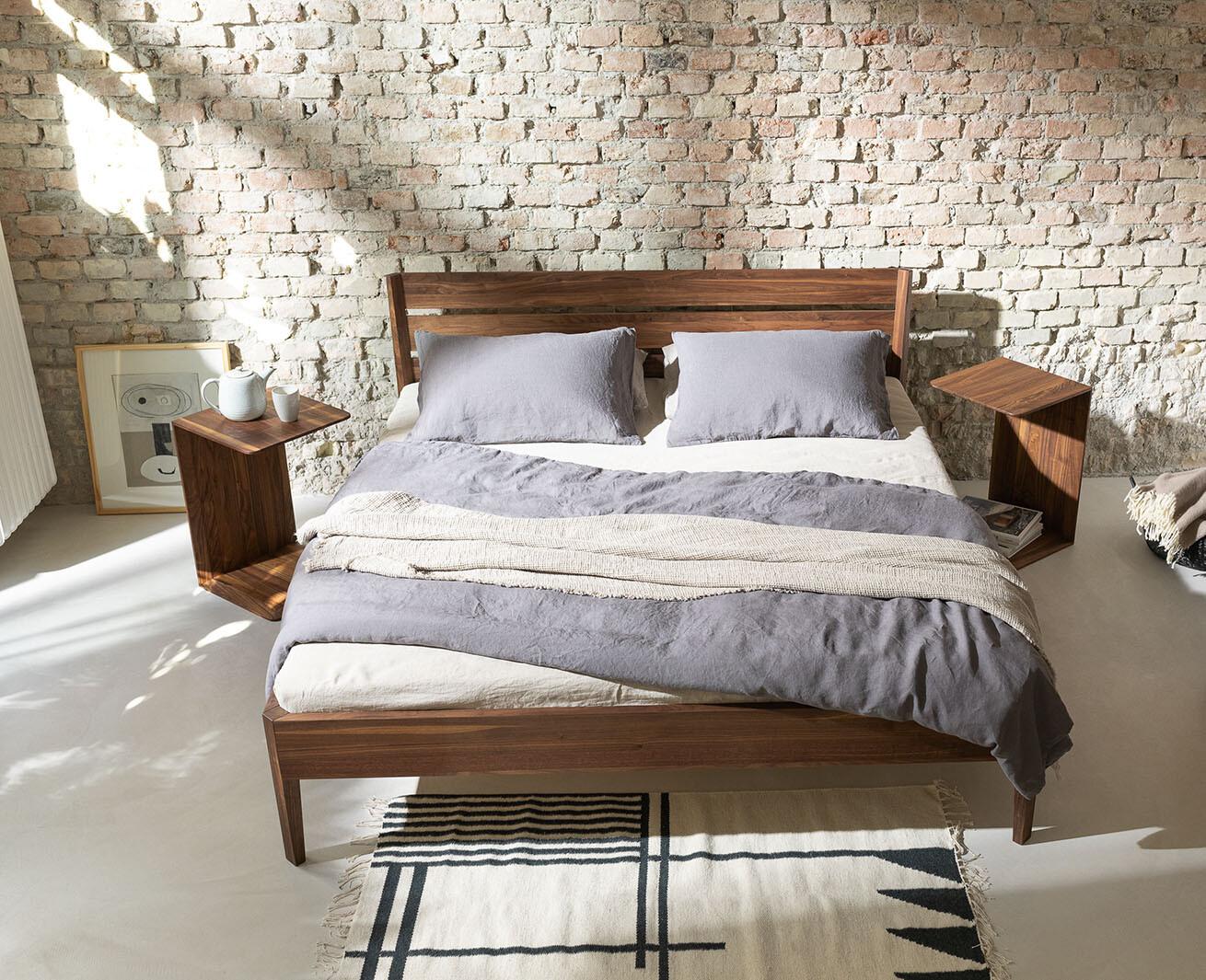 Schlafzimmer: TEAM7, Bett «Light»