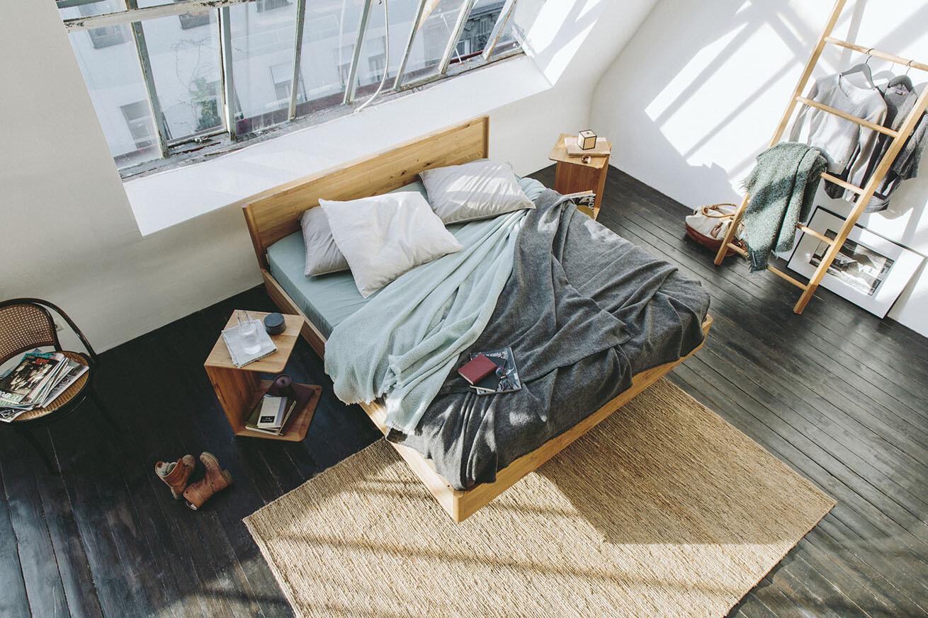 Schlafzimmer: TEAM7, Bett «Times»